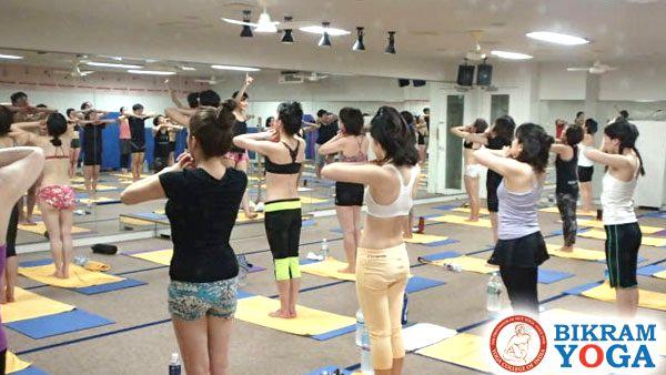 ホットヨガ体験 ビクラムヨガ体験 ホットヨガ効果 ホットヨガ 痩せる zen place