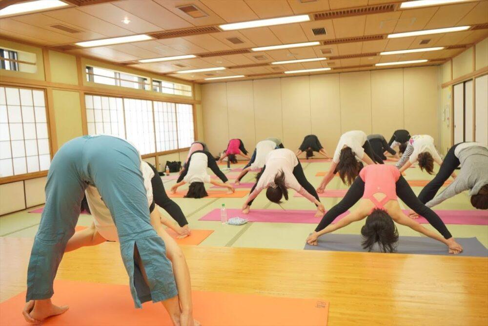 YogaHugMe ママヨガ